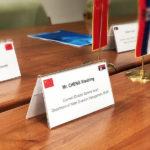 Info-tabla-satorasta—drzac-za-ime-za-konferencije