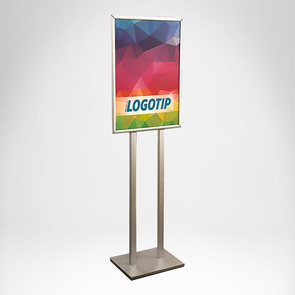 Stajaca poster tabla na dve noge