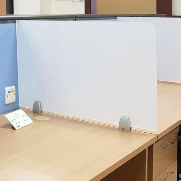 Zastitan pregradna barijera za radne stolove